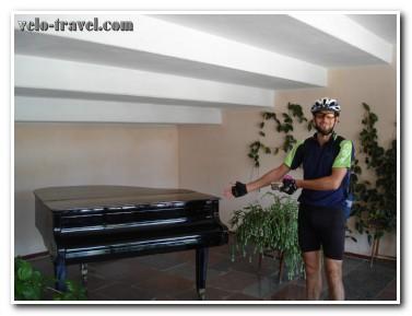 Как мы ели на свалке: велопоход в Любар!