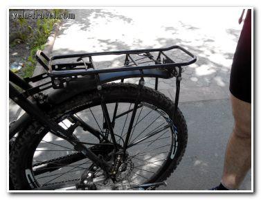Хочешь заниматься велотуризмом – купи багажник для велосипеда