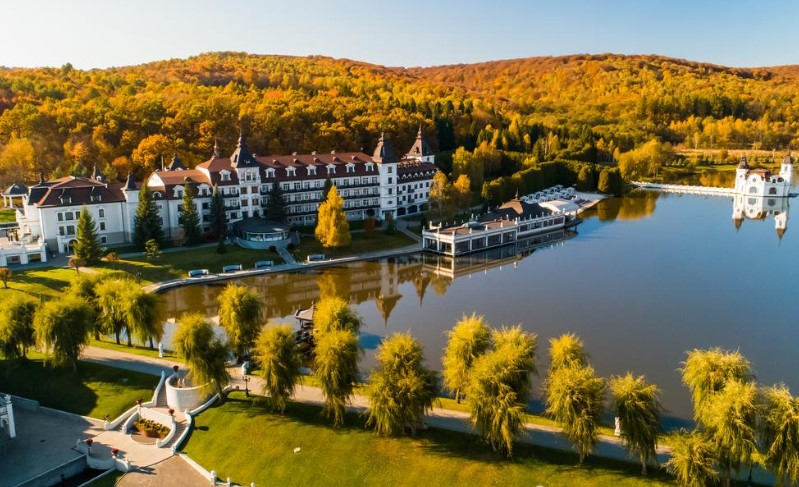 Hotel Edem Lviv – отель премиум-класса с рестораном